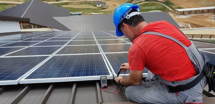 Napelem kerül több tiszavasvári intézmény tetejére