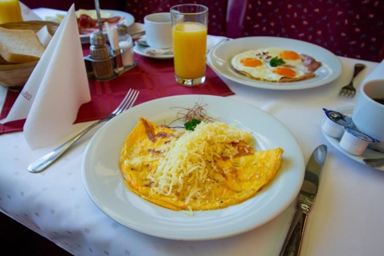 A MÁV újabb vonalon közlekedtet étkezőkocsit