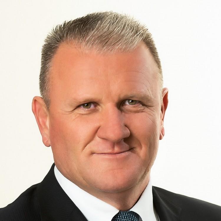 Kemecsén ismét Lipők Sándort szavazták meg polgármesternek