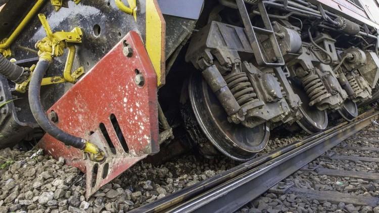 Kisiklott egy tehervonat kocsija – késnek a vonatok a debreceni vonalon