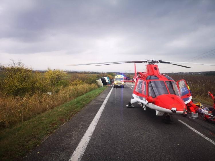 Tizenkét halott egy szlovák buszbalesetben