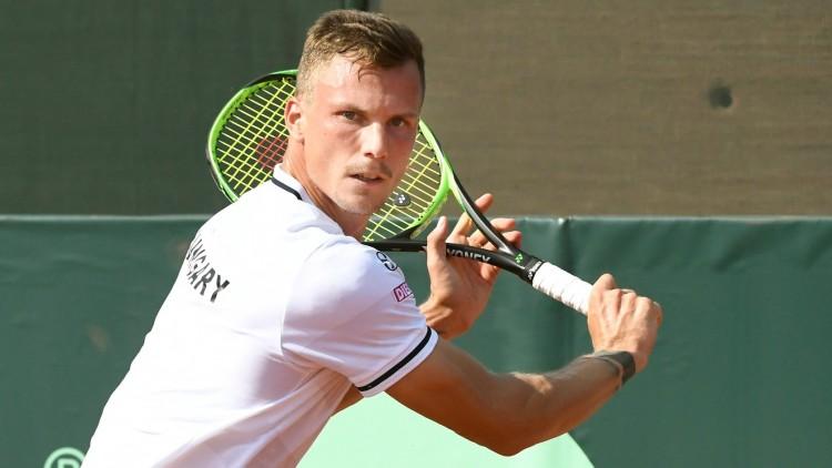 A nyíregyházi teniszcsillag magyar edzőkkel folytatja a munkát