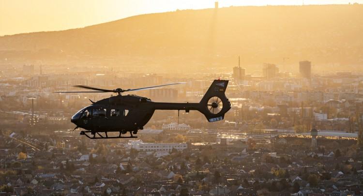 Megérkeztek a magyar haderő első Airbus helikopterei
