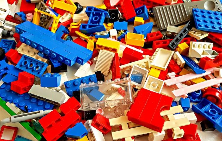 Sokan kíváncsiak arra, mi zajlik a nyíregyházi Lego gyárban