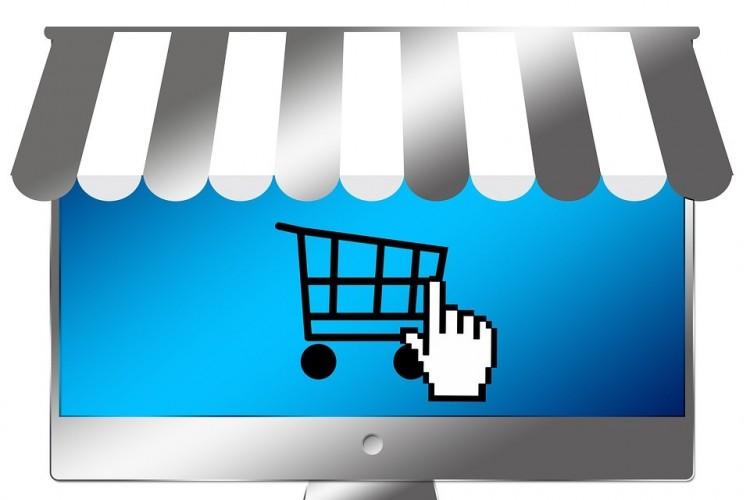 Fokozottan ellenőrzik az online áruházakat