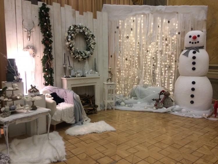 Karácsonyi mesevilágba csöppenhetünk a nyíregyházi Városházán