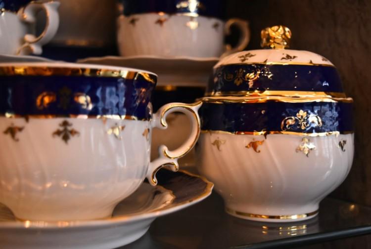 Eladta az állam a hollóházi porcelángyárat