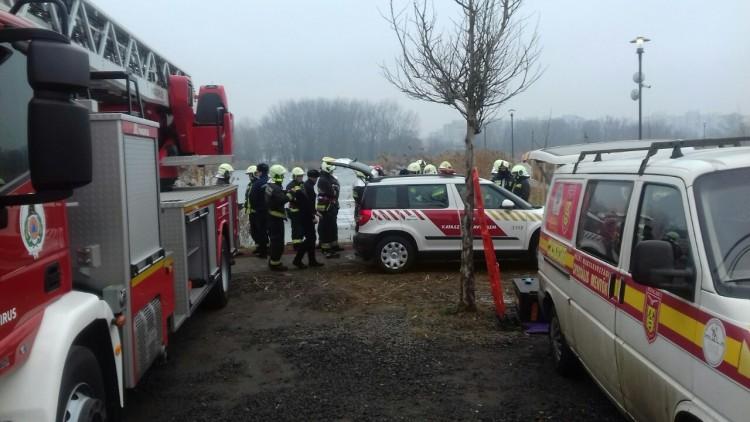 Vízből mentettek a nyíregyházi tűzoltók
