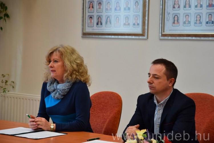 Nyíregyházi autistákon segít a Debreceni Egyetem