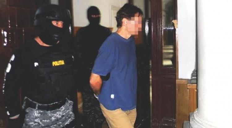 Börtönben marad a Nyíregyházán gyilkoló román orvos