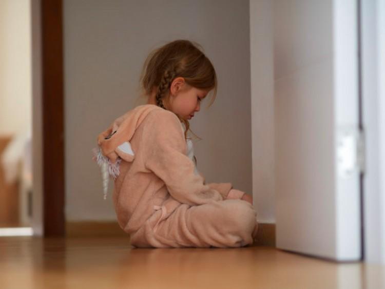 Hatalmas pofont kevert le a kislánynak – vádemelés