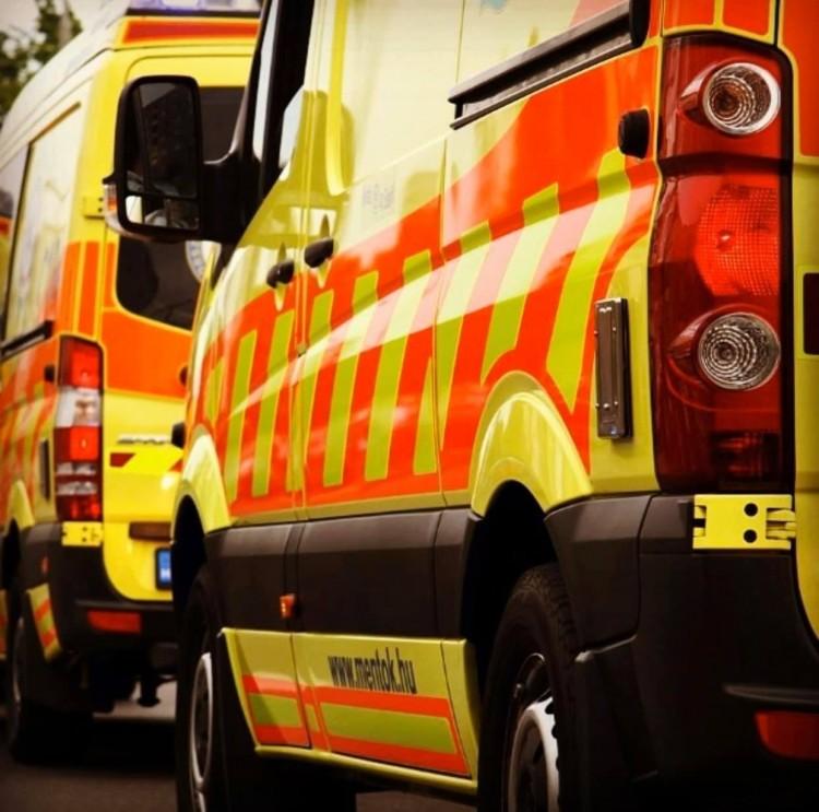 Levillogta a szirénázó mentőt egy törteli fiatal