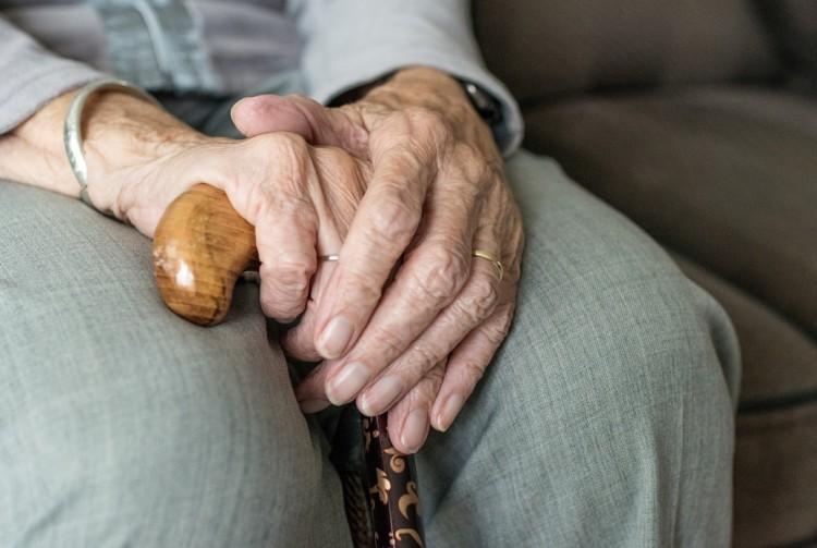 Hamarabb kézbesítik a nyugdíjat