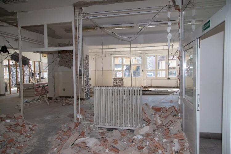 Javában folyik az iskolafelújítás Nyírbátorban