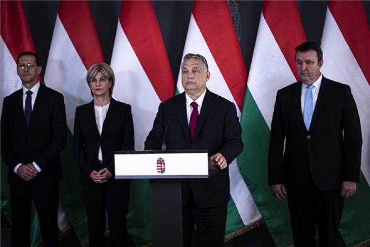 Orbán Viktor kihirdette a gazdaságvédelmi akcióterv újabb szakaszát