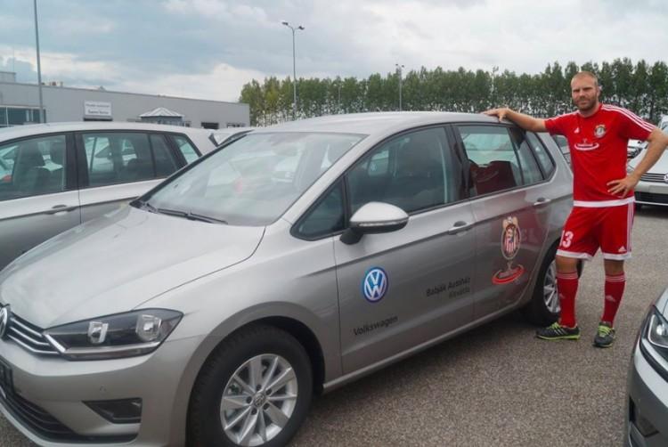 A klub Volkswagenjeivel szöktek meg a románok Kisvárdáról