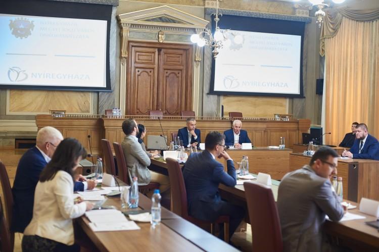 Közös stratégiát épít Debrecen a régió nagyvárosaival