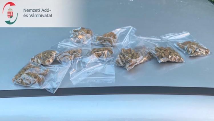 Rutinellenőrzésnek indult, de drogot találtak Nyíregyházán