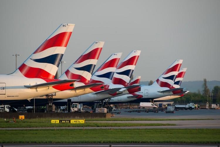 Magyarokat is érint a brit kormány új intézkedése