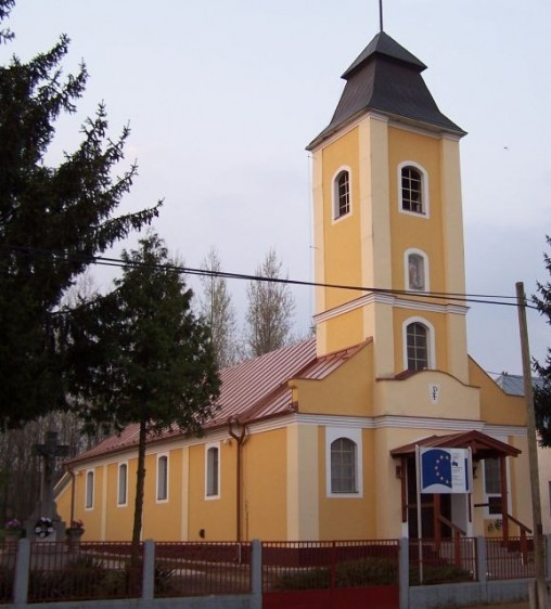 Százmilliót kaptak szabolcsi egyházak