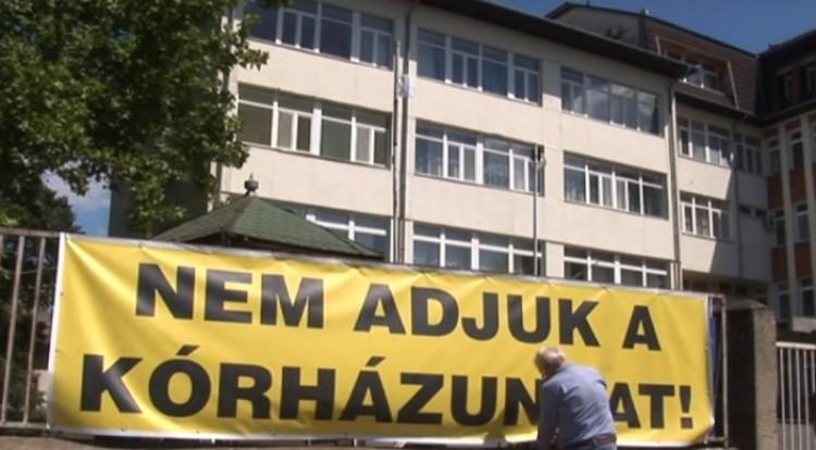 A tüntetők szerint rendelőintézetként üzemel a vásárosnaményi kórház