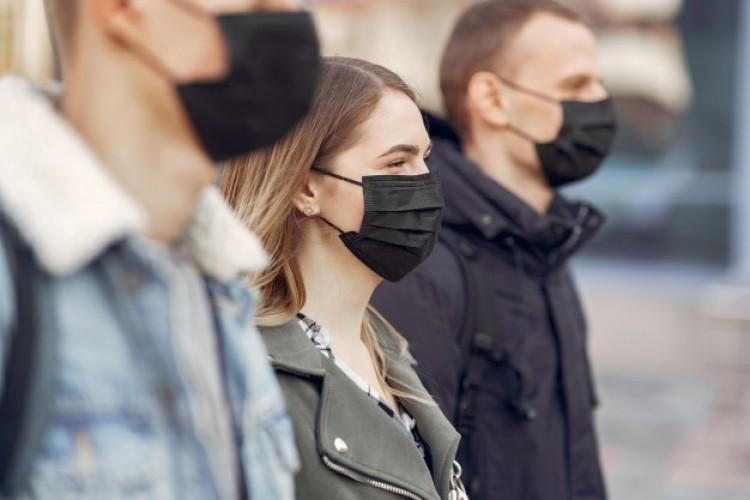 Alapjogsértő-e a maszkviselés? – tesz fel a kérdést a TASZ
