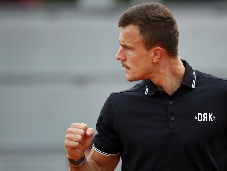 Fucsovics a brazil ellenfelet is legyőzte a Roland Garroson