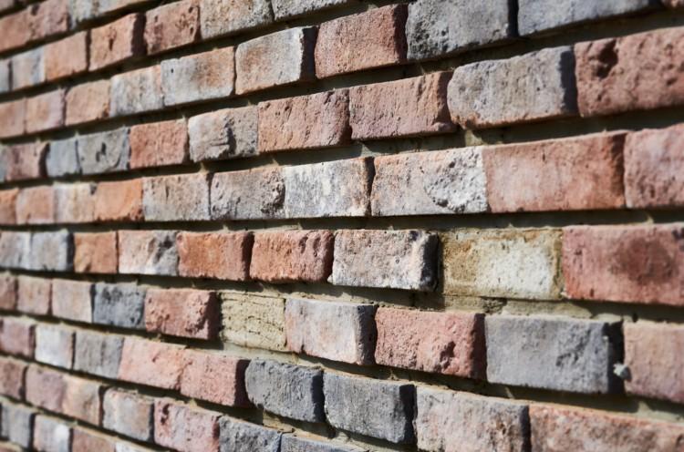 Kidőlt egy szoba fala Tiszalökön