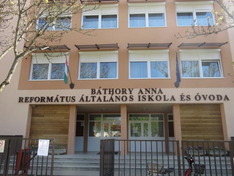 A református egyház tulajdonába kerül az egyik nyírbátori általános iskola