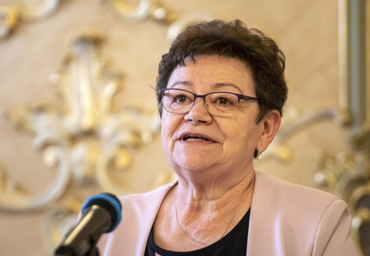 Müller Cecília a kínai vakcina előnyeit sorolta