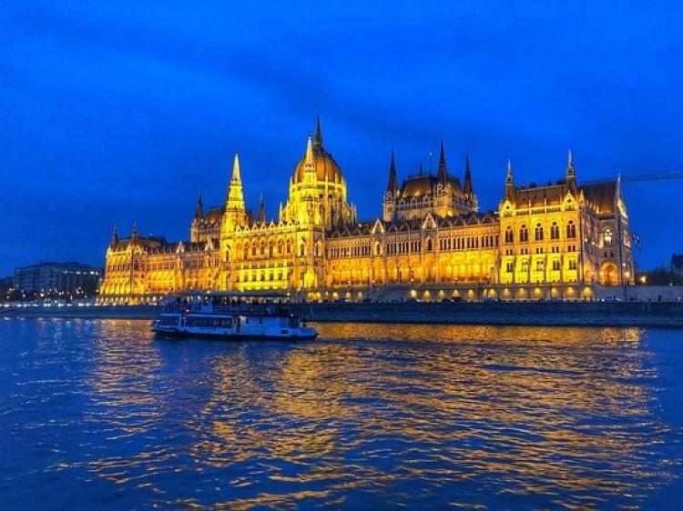 Marad a veszélyhelyzet Magyarországon
