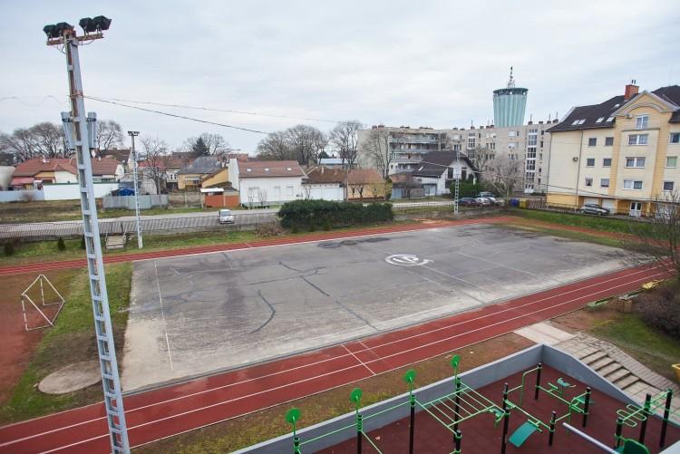 Két nyíregyházi gimnázium kézisei játszhatnak új pályákon