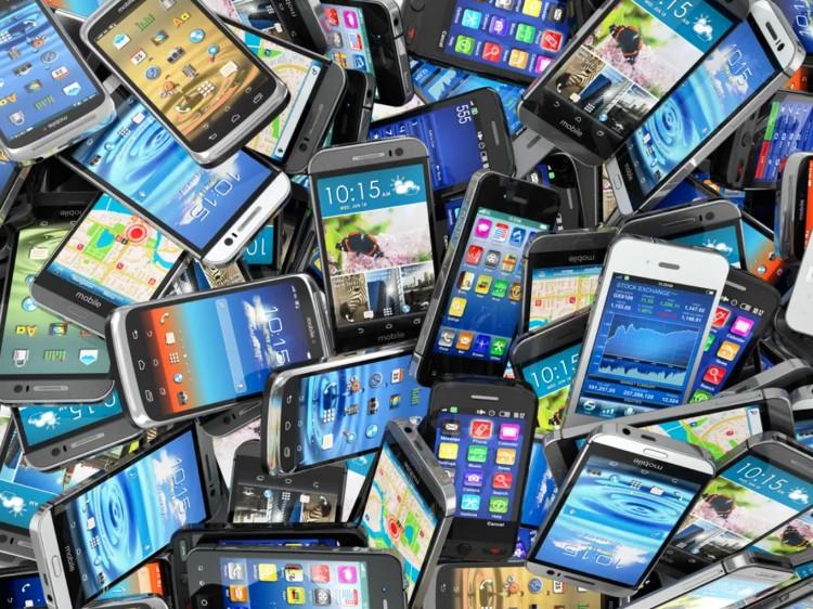 Különös ügy Nyírbátorban: 200 millióért rendelt telefonokat