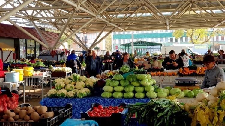 Így tartanak nyitva a nyíregyházi piacok május első hétvégéjén