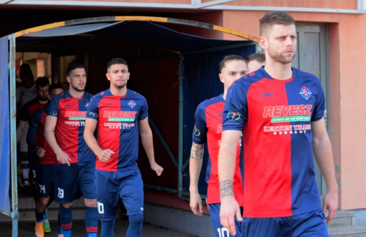 Kiütéses győzelemmel hangolt a Debrecen elleni rangadóra a Szpari