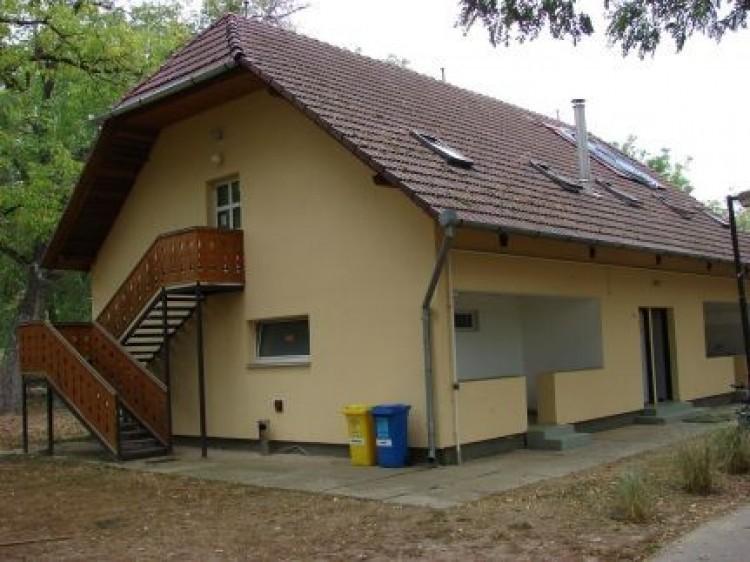 Vízitúrázók kényelmét szolgáló felújítás Tiszabecsen