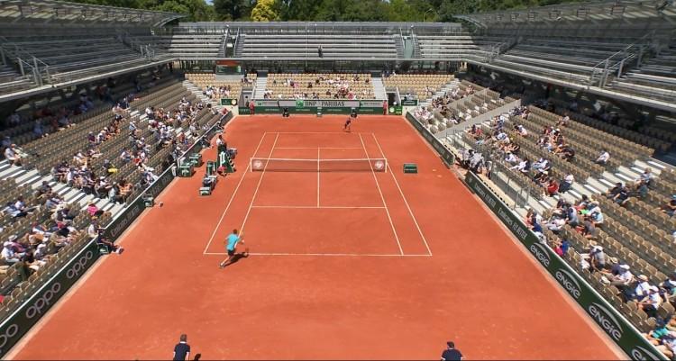 Fucsovics három szettben nyert a Roland Garroson