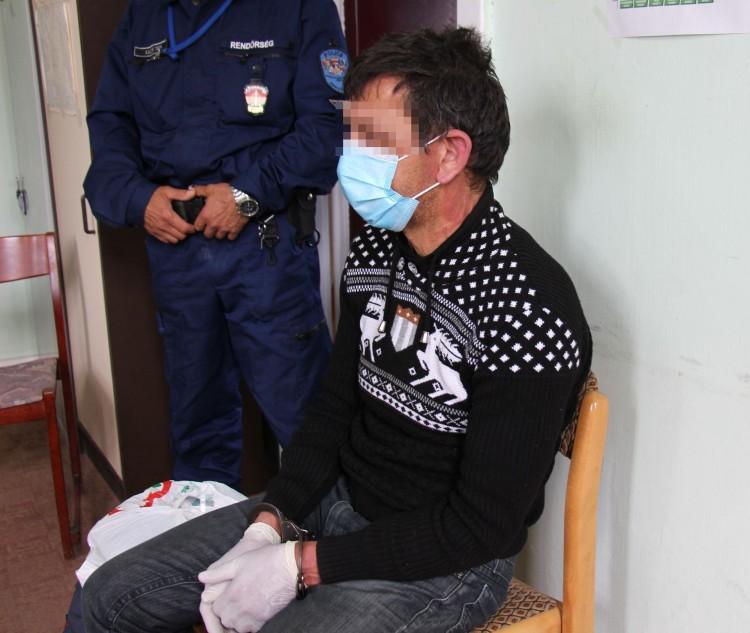 Lezárt ügy: saját apját szúrta fejen a nyíregyházi férfi