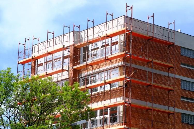 Számos épület üzemeltetése lesz olcsóbb Nyíregyházán