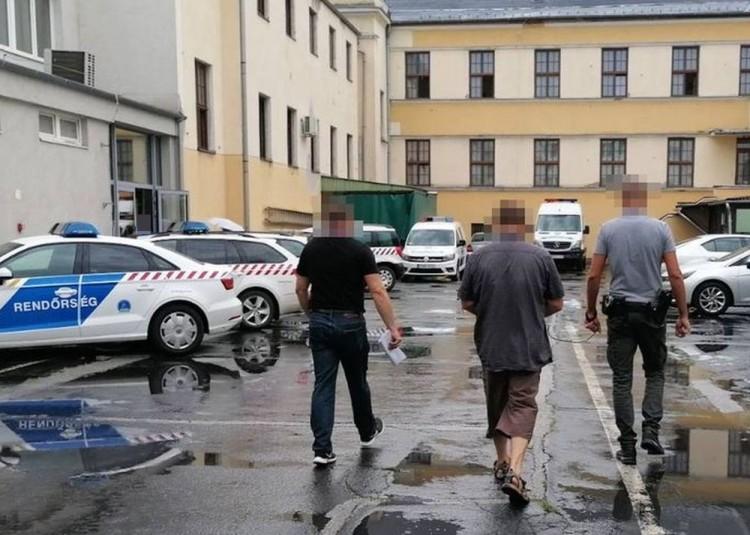 Embercsempészt fogtak Csarodán
