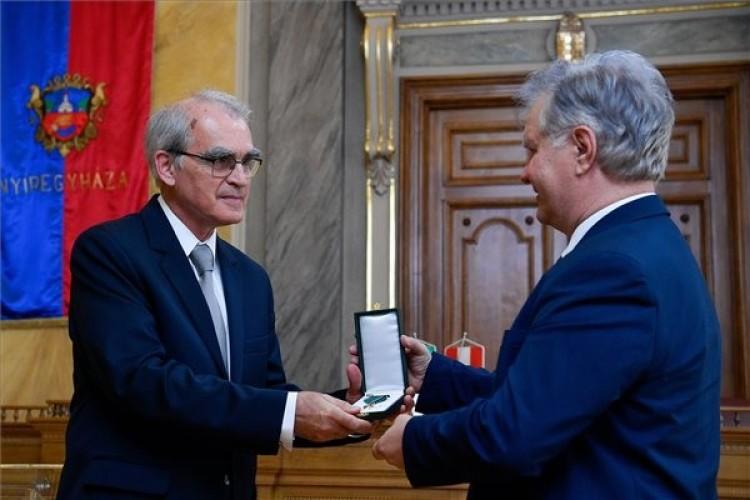 Rangos elismerésben részesült Nyíregyházán a tiszteletbeli konzul